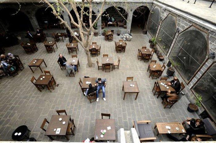 Sülüklü Han à Diyarbakır